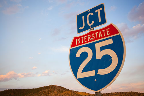 Sante Fe i25 Freeway sign