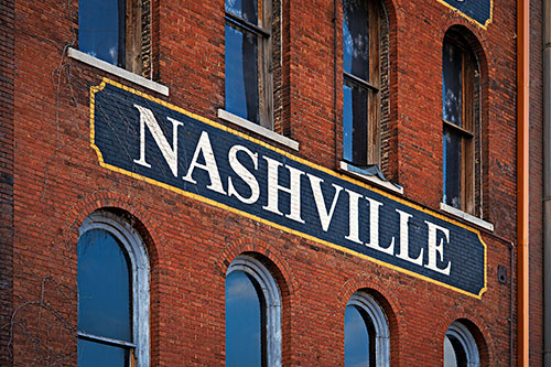 Sign of Nashville on side of building